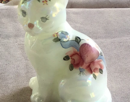 Fenton Hearts and Flowers Cat – 5165